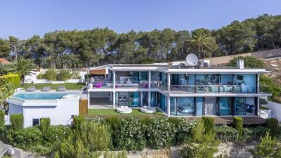 Luxurious contemporary villa for sale in Ibiza, Balearic Islands